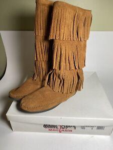 Minnetonka 3 Layer Fringe Tall Pull On Boots Size 6 NIB Boho