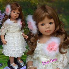 Masterpiece Dolls  Dee Dee Brown, Blue Eyes ,Monika Levenig Vinyl, Ball-jointed