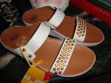 FITFLOPS AMSTERDAM WHITE LEATHER & GOLD STUDS SIZE 10 SANDALS NEW
