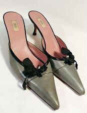 4e5a482e88eb PRADA Kitten Heel Pointy Toe Mule Shoe Moss Leather Black Floral Applique  US 6M