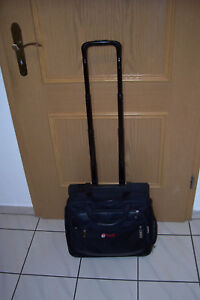 Air Berlin Crew Bordtrolley Kabinenkoffer Crewbag Koffer Delsey Trolley