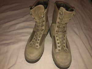 Danner Temperate USMC combat desert boots,size 8.5 UK