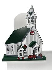 1999 Shelia's Collectibles- Heartsville Town Square Church Christmas Tsn12