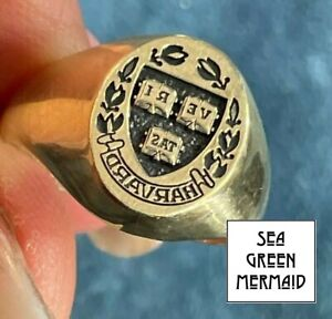 10k Yellow Gold HARVARD University Class Insignia Ring. Jostens_b350_1_21