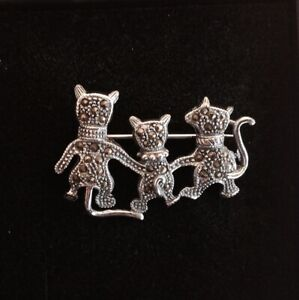 Vintage Cat Family Trio Sterling Silver Marcasite  Pin Brooch