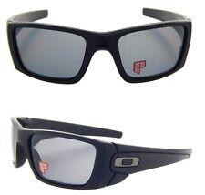NEW Oakley Sunglasses Fuel Cell Matte Black Grey Polarized oo9096-05 NIB wrap