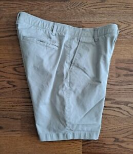 Under Armour Golf Casual Shorts Men's Size 36 Stretch