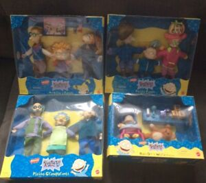 MATTEL NICKELODEON RUGRATS PLAYSET LOT (4) PICKLES ,ANGELICAS FAMILY, GRAND PARE