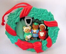 AVON CHRISTMAS LIGHT UP CAROLING 3 BEAR'S ORNAMENT GIFT COLLECTION (NO BOX)