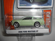 FORD MUSTANG GT 2006 MUSCLE CARS GREENLIGHT 1:64
