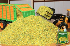 BRUSHWOOD TOYS 1:32 SCALE BULK MAIZE 450g (MIB)