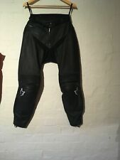 """WOLF ARMOURED LEATHER MOTORCYCLE TROUSERS SIZE 30"""" WAIST AWESOME CONDITION"""