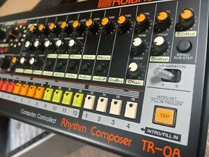 Roland TR-8 Rhythm Composer Drum Machine - EXCELLENT CONDITION!