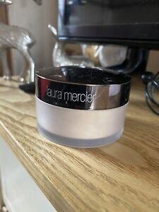 Laura Mercier Translucent Loose Setting Powder Glow