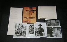 Original 1985 PALE RIDER Periodical Style Press Kit 14 Photo 49 Pages S/Envelope