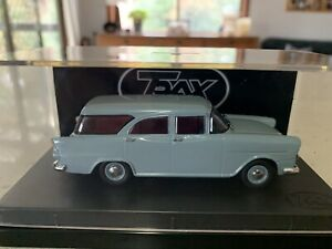 Trax. 1/43 Scale. TR87. Holden FB Standard Station Wagon In Seagull Grey.