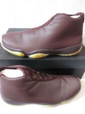 Ropa, calzado y complementos Nike color principal oro