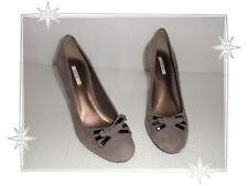 I  - Magnifiques Chaussures Escarpins Taupe  D03N5T Newplaza  Geox Pointure 38