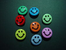 8 SMILEY FACE BUTTONS CRAFTS SEWING SCRAPBOOKING EMBELLISHMENTS