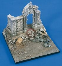 Verlinden 1/35 Roadside Section with Park Wall & Arch Entrance Diorama Base 2101
