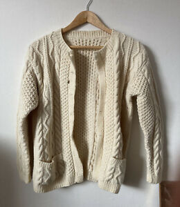 Womens Vintage Cream Thick Wool Cardigan Size 8/10