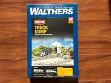 WALTHERS 1/87 HO CORNERSTONE TRUCK DUMP WITH CONVEYOR ITEM  # 933-4058 F/S  NEW!