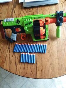 2014 Nerf Gun Doominator-C-022G-29 Darts-Very Nice Condition