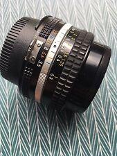Nikon Nikkor AI 20mm / f3,5 Weitwinkel Objektiv