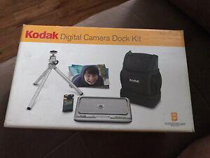 Kodak Digital Camera Dock Kit ACC-CD1. New. Never Used. Still In Box