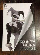 Batman Black & White Statue! Harley Quinn! 1st Edition! ⭐️⭐️⭐️