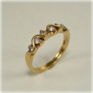 9ct Gold Six-stone Diamond Ring