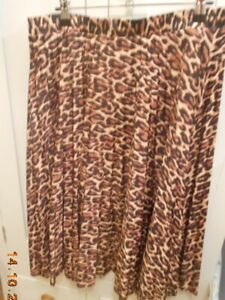 Leopard print ladies pleated skirt. size 12 /14. BLACK, BROWNS, TAN. preloved GC