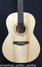 Seagull Natural Folk Isys Solid Top Electro Acoustic