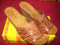 """Womens Bare traps """"Indee"""" Shoes/Sandals Size 10 Brown"""