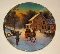 """1988 Avon Christmas Plate """"Home For The Holidays"""" Porcelain Plate 22K Gold Trim"""