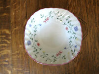 JOHNSON BROS SUMMER CHINTZ SQUARE CEREAL BOWL(S)