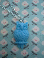 FUNKY BLUE WISE OWL NECKLACE KITSCH CUTE RETRO BIRD VINTAGE ALICE STYLE CAMEO