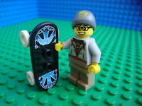 Lego Skateboarder Boy Skate Board minifig City 8804 Minifigures Series 4