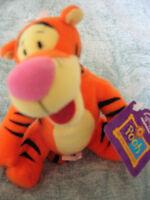 Disney - Winnie the Pooh - TIGGER - Soft Beanie Toy - BNWT