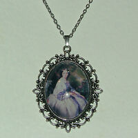 LARGE GLASS CAMEO LADY PURPLE VICTORIAN STYLE DARK SILVER PLATED PENDANT A