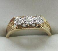 A Lovely 18ct Gold Three Stone Diamond Ring