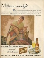 1944 Schlitz Beer Vintage Bottle Man and Woman Lovers Rowing Boat PRINT AD