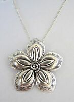 Vintage Look Silver Plated Large 3D Flower Necklace Brand New Festival