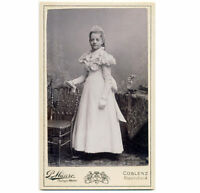 BEAUTIFUL GIRL Confirmation dress/fashion CDV PHOTO 1890s
