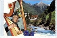 Zillertal Tirol Österreich Harfenspiel Harfenspieler im Gasthaus Zillergrund AK