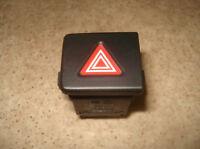T5 Schalter Warnlichtdrucktaster Warnblinker 7H5953235A Warnblinkschalter
