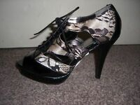 Marks & Spencer WOMEN  Black Mix Floral Heels BRAND New Size 37.5