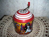 WIND UP MUSICAL CIRCUS TOY WEST GERMANY LORENZ ZIRNDOR