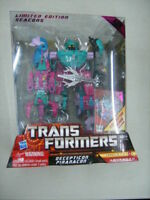 Transformers Hasbro Limited Edition Seacons PIRANACON