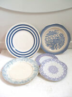 "Brunswick Oriental Style Blue & White China Plate 9""D With 4 Other Plates"